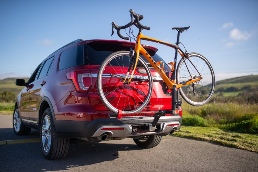 Dovetail ferst road bike hitch mounted rack