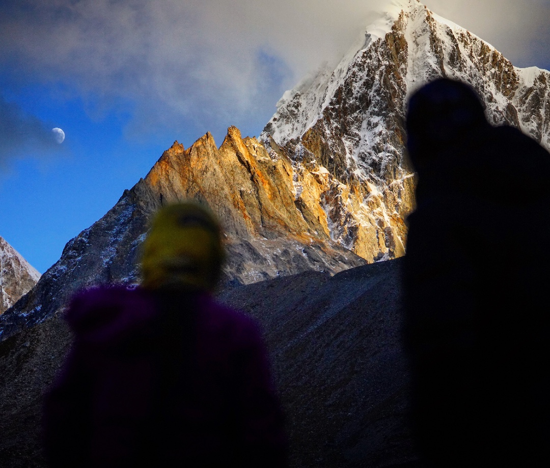 Overnight on the Gongga Trail, Journeying to the 'King of the Sichuan Mountains'