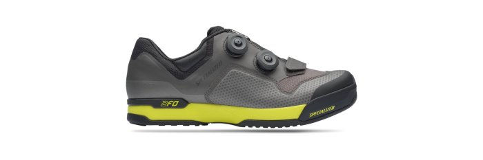 specialized clipless road cycling shoe