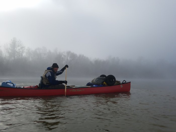 neal moore Paddling the Lower Mississippi near Natchez, Miss