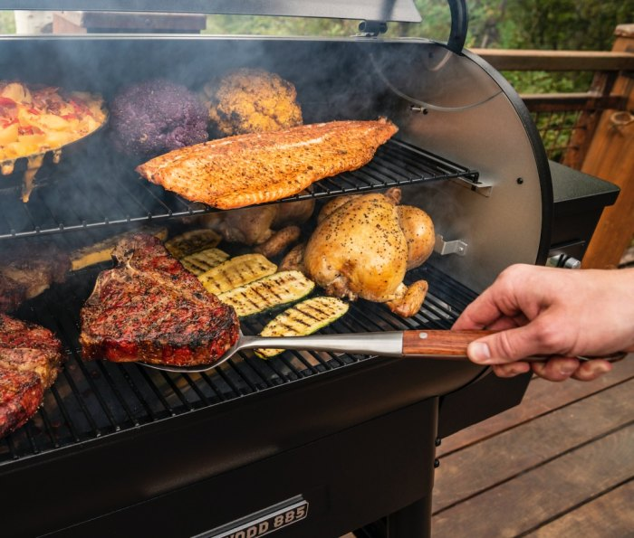 traeger ironwood 885 series