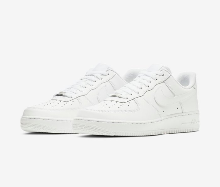 Nike Air Force 1 '07 white sneakers