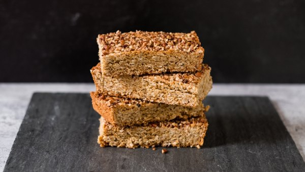 10-minute peanut butter bars