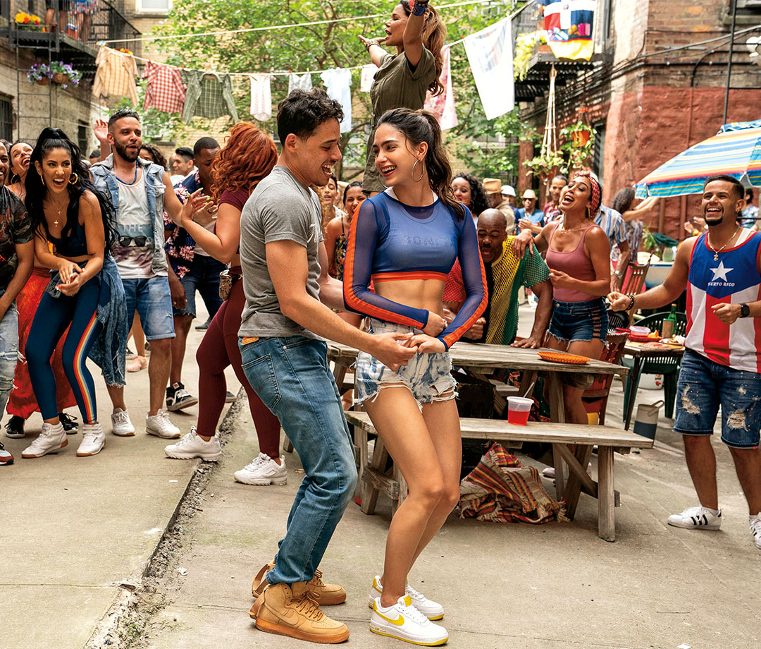 Anthony Ramos and Stephanie Beatriz in 'In the Heights'