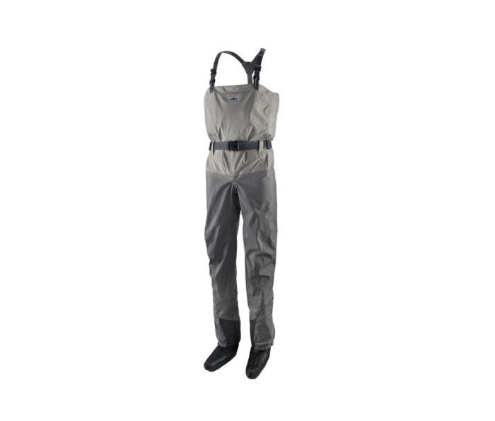 Pataogina Swiftcurrent waders are ultralight and packable.