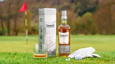 """Dewer's """"The Champions"""" Blended Whiskey"""