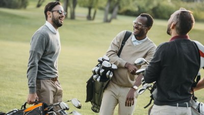 18 Best Gifts for Golfing Dads