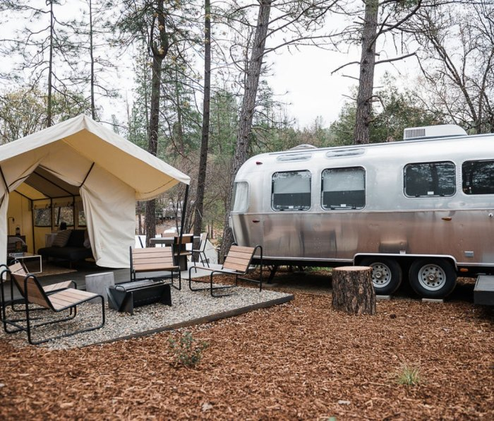 A short drive from world-famous Yosemite National Park, AutoCamp Yosemite is located in Midpines, just outside of the historic town of Mariposa.