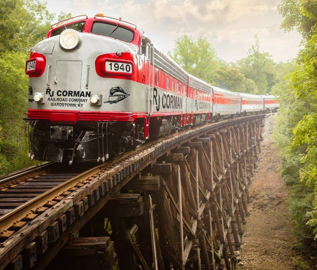 The My Old Kentucky Dinner Train on a wooden trestle.
