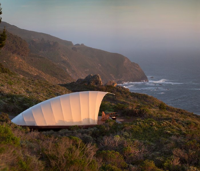 Located on the southern end of Big Sur, Treebones Resort is located on a hilltop above famous Highway 1, offering sweeping views of the Pacific.