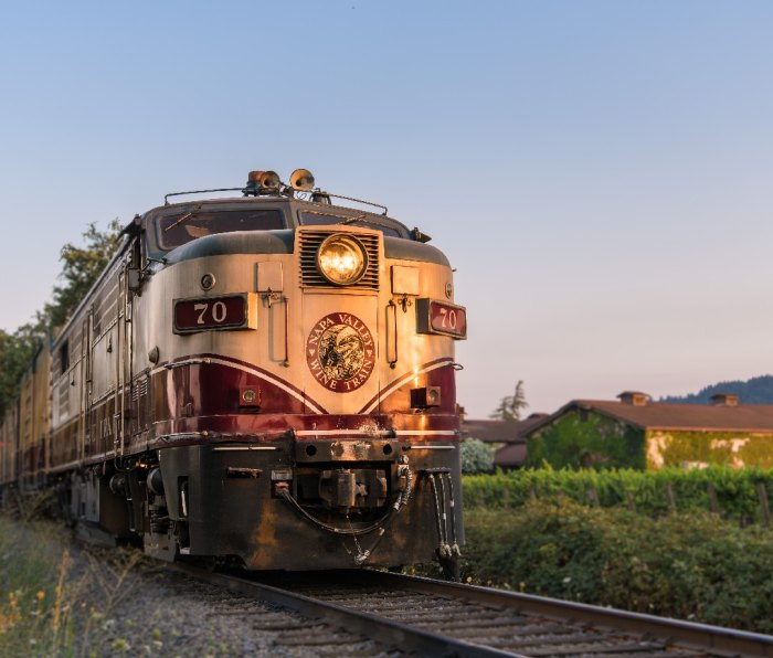 Exterior of Napa Valley Wine Train at sunset