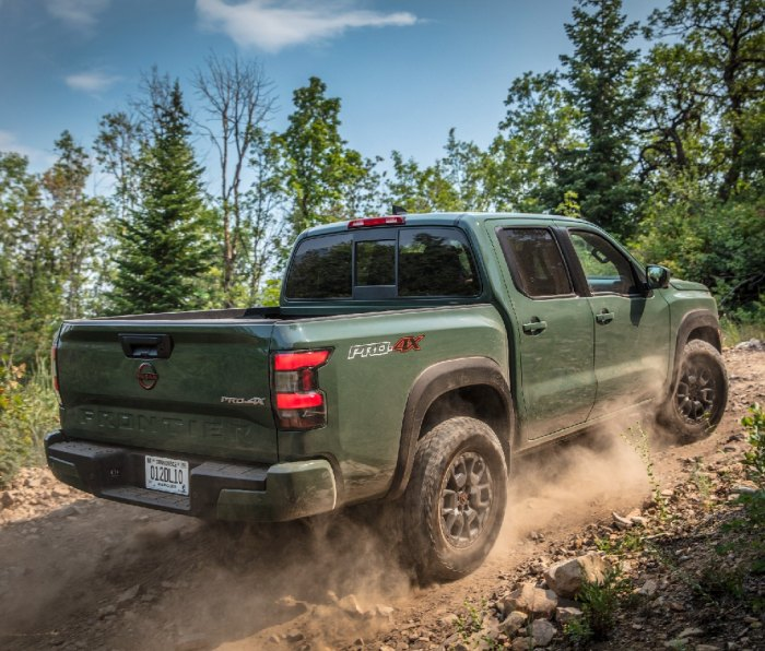 2022 Nissan Frontier off-roading on dirt trail