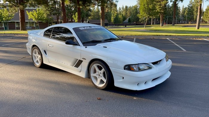 1996 Ford Saleen S281 Mustang