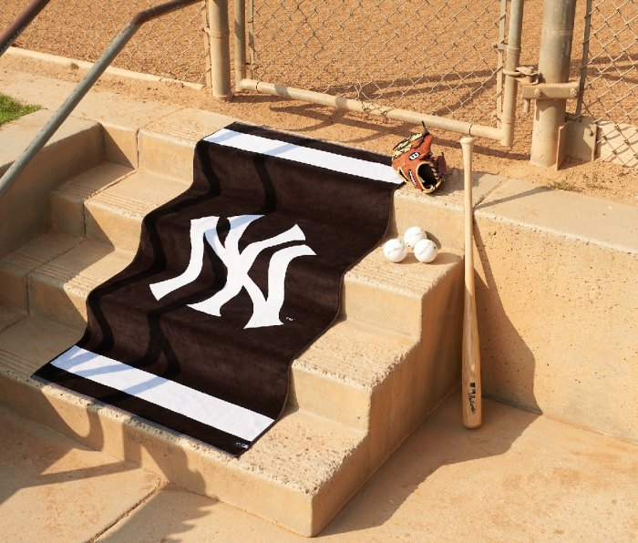 Slowtide and Major League Baseball Limited-Edition Towels and Blankets