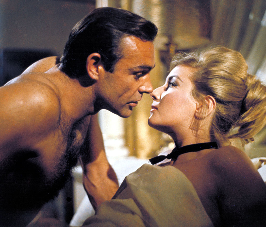 Sean Connery and Daniela Bianchi in 'From Russia With Love'
