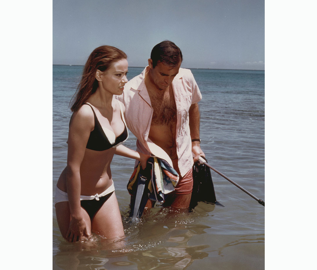 Claudine Auger and  Sean Connery in 'Thunderball'