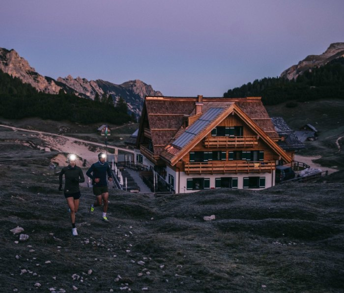 Trail runners at dusk