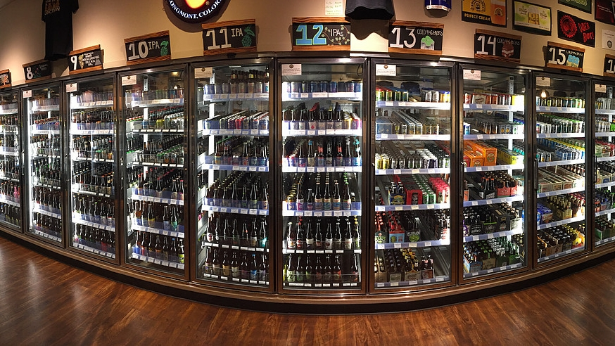 beer-junction-fridge-pano-4ad8705b-730a-43ce-b1c6-9f181860dd35