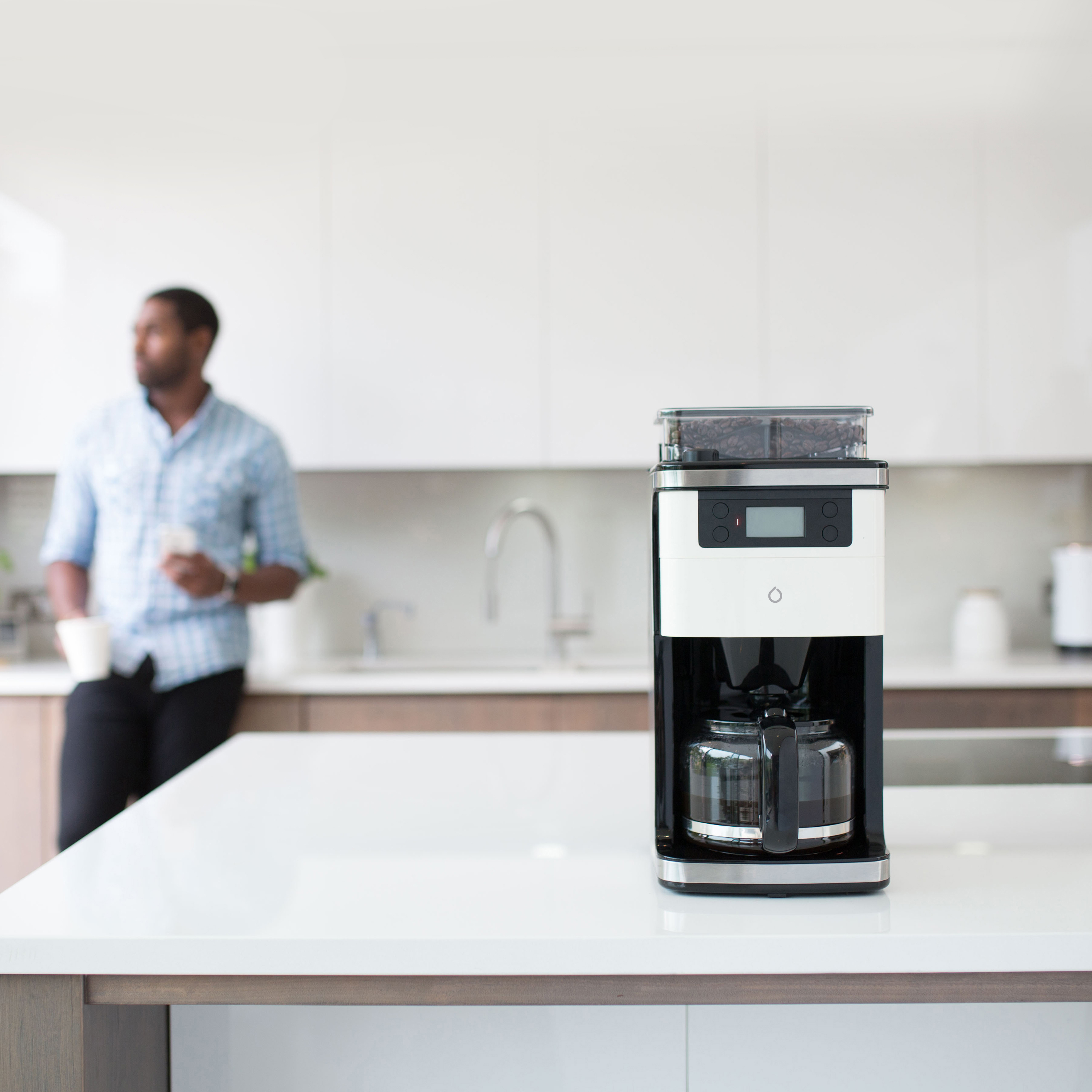 Make Coffee From Bed With This Smart Coffee Machine