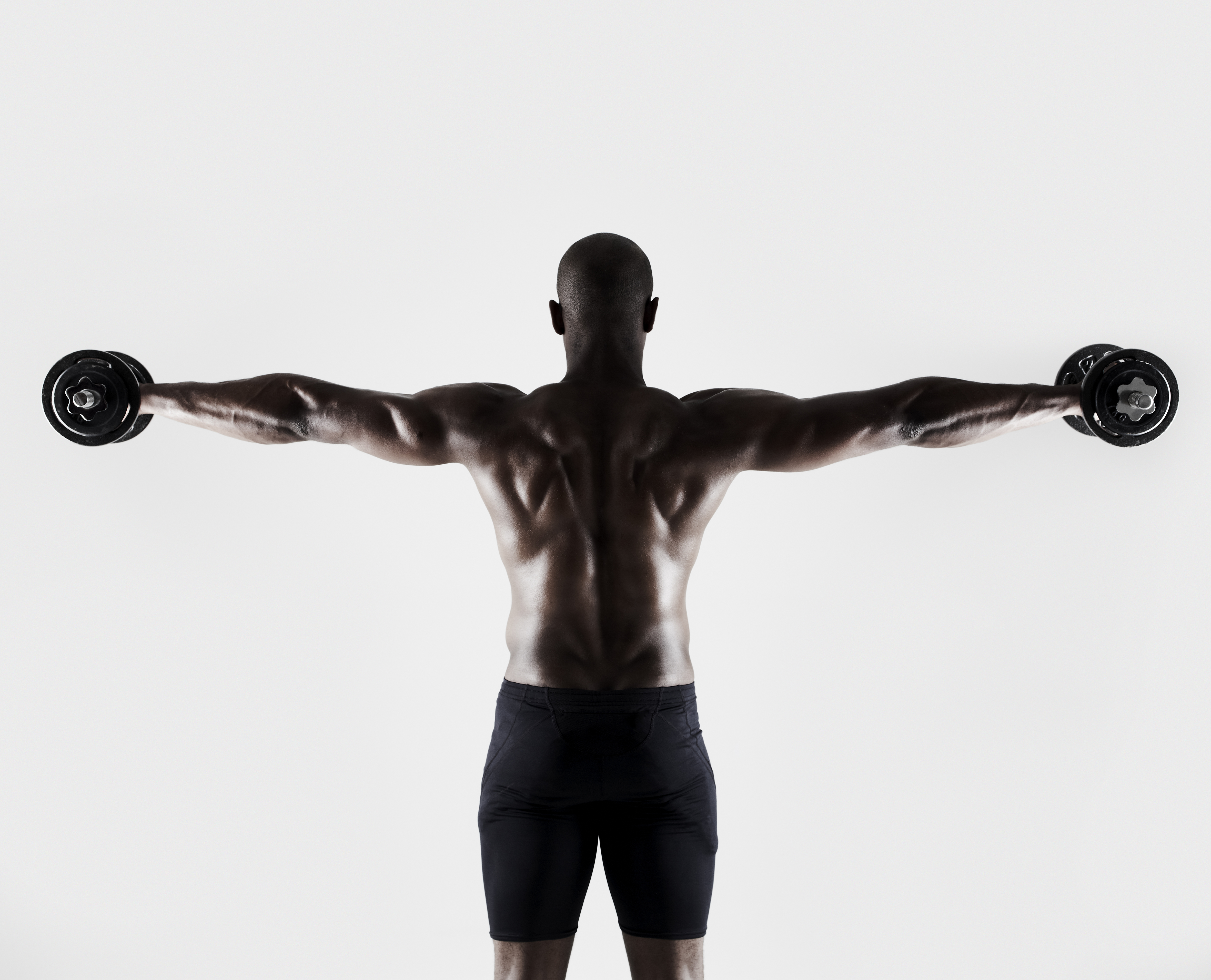 High Reps or Heavy Weights: What's the Best Way to Get Stronger?