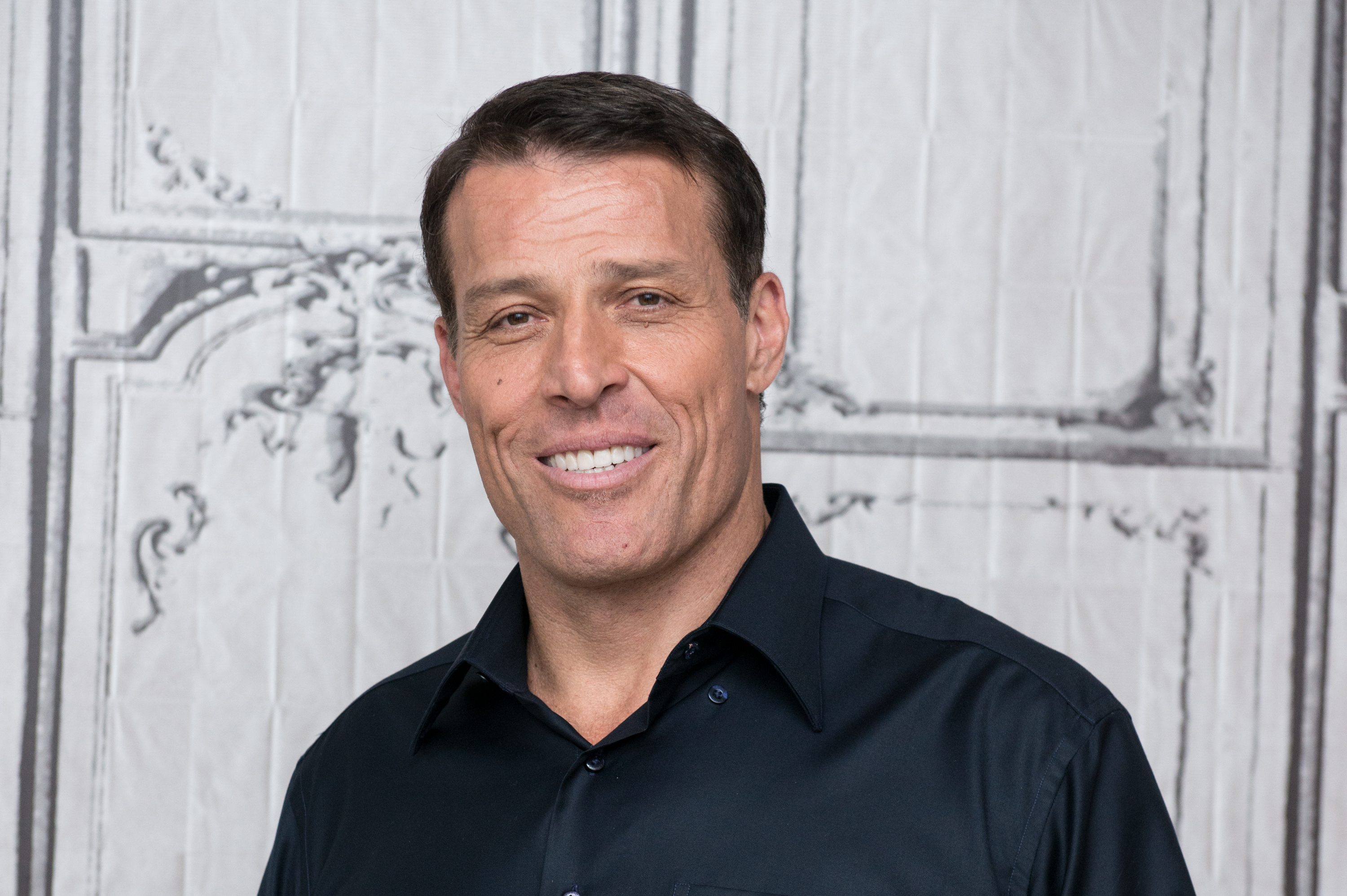 Help Yourself: Tony Robbins' Four Tips for Mental Fitness