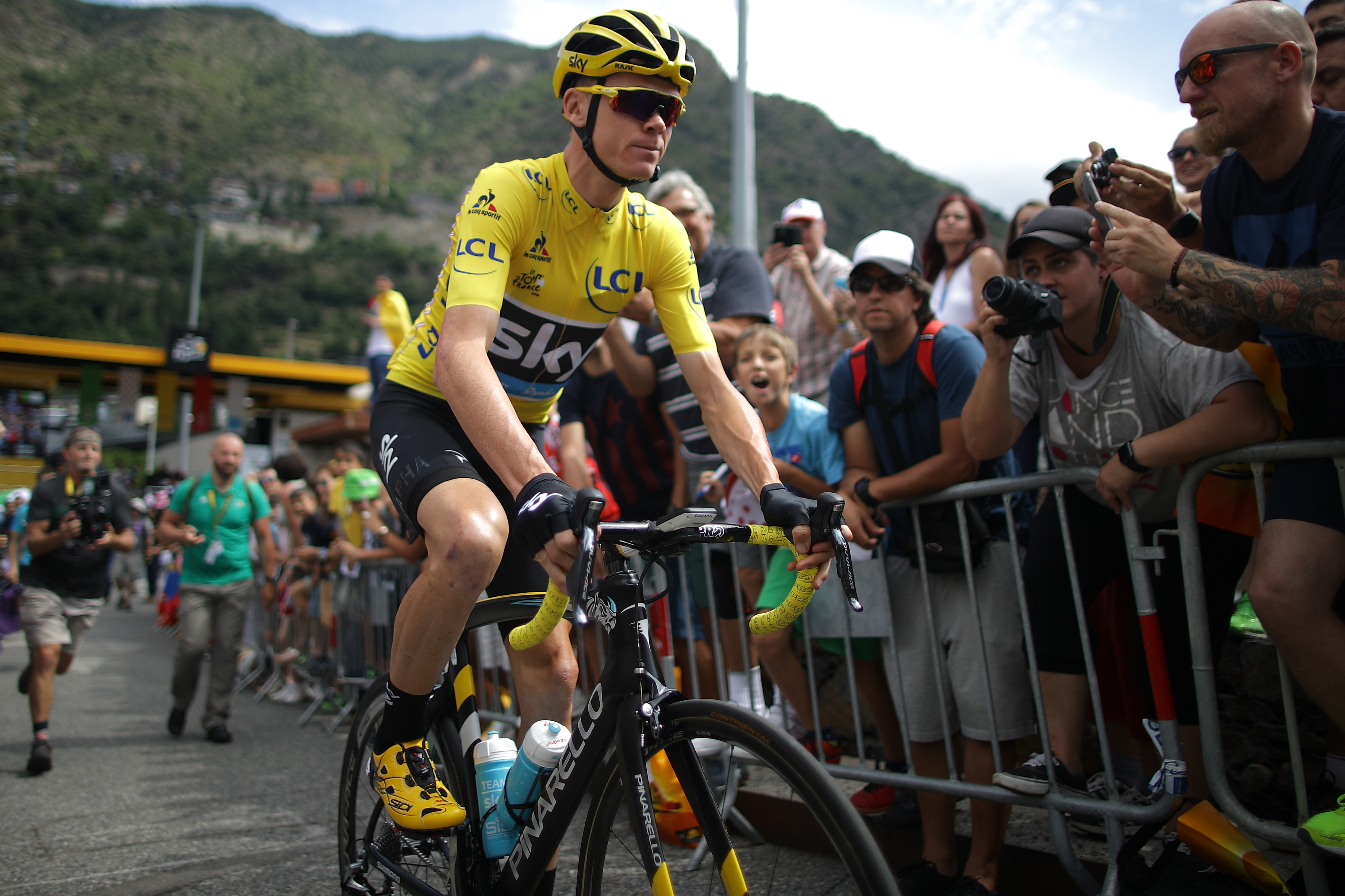 5 Ways the Tour de France Contenders Are Physical Freaks