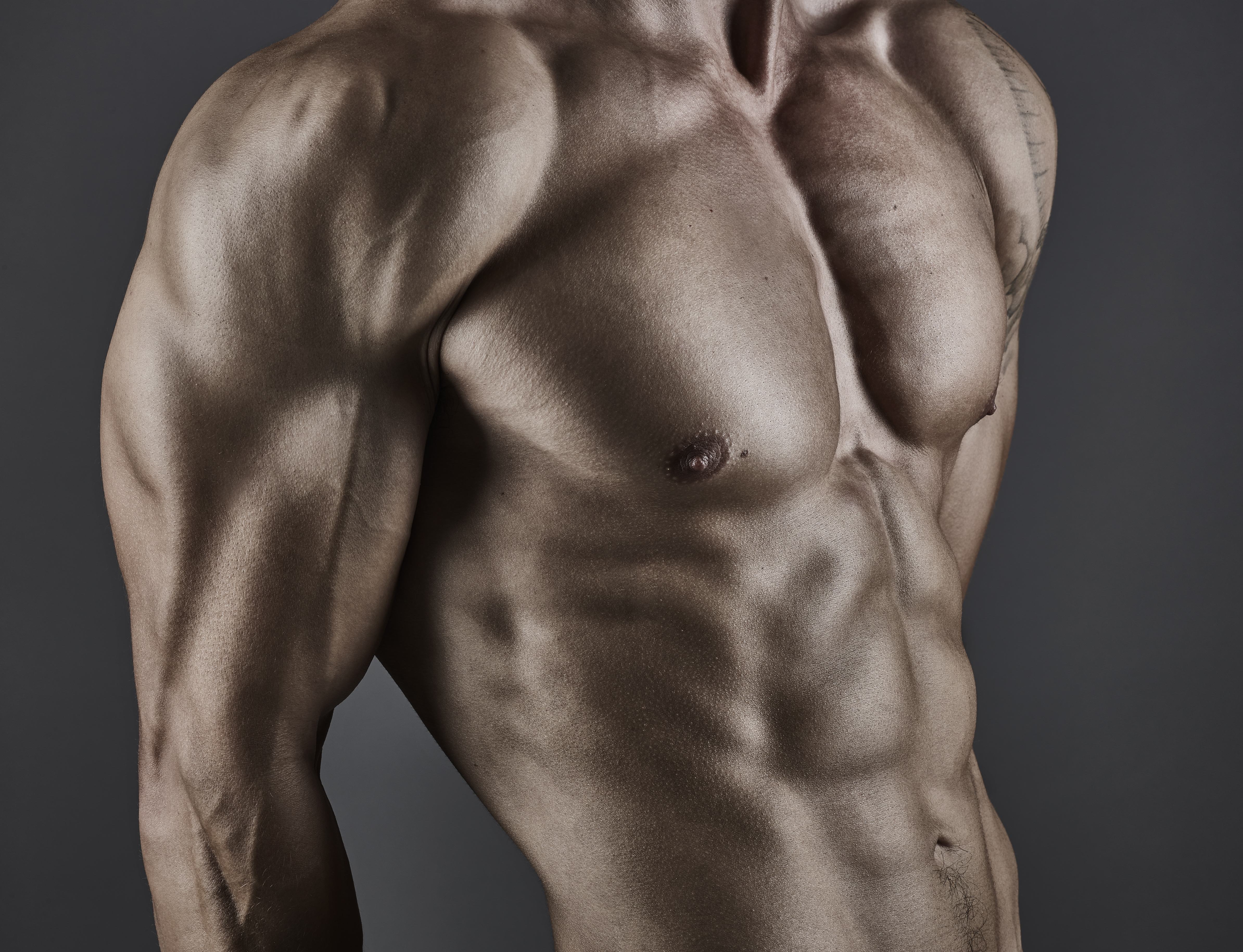 Not Getting Bigger? Try These Brutal Bodyweight Supersets
