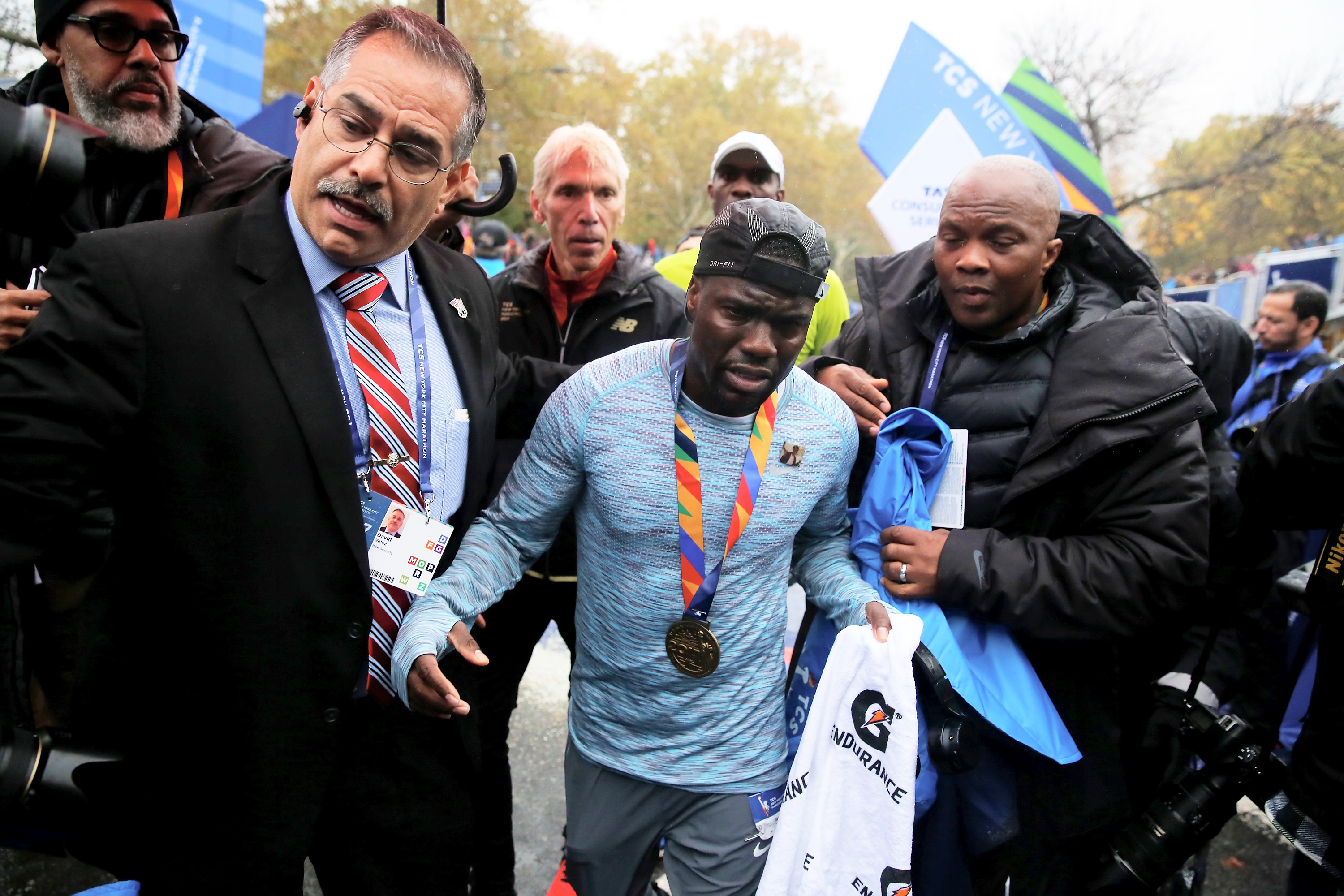 Kevin Hart Finishes First Marathon, Learns Lesson About the Wall