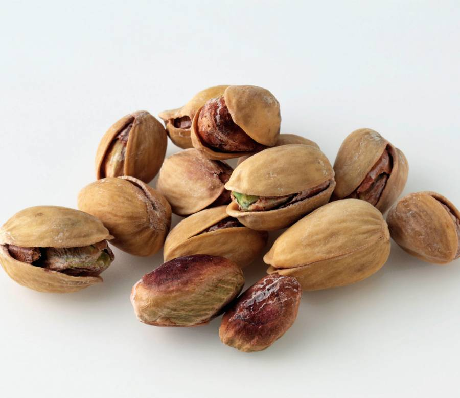 The Unique Health Benefits of 8 Different Nuts