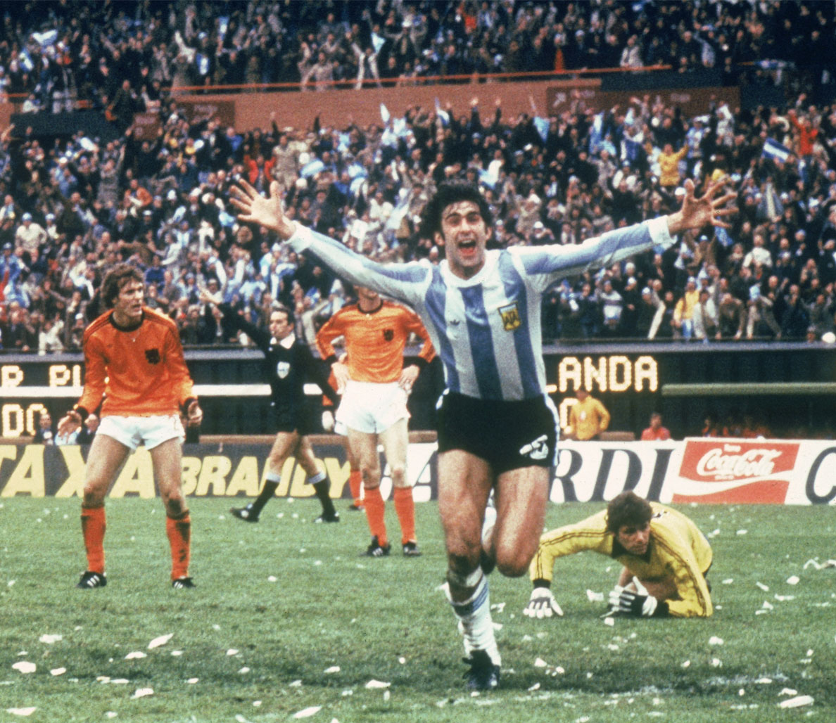 10 Iconic World Cup Images