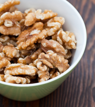 Quick Tip: Eat Walnuts for Super Healthy Sperm