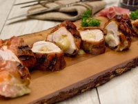 Grilled turkey tenderloin with Fontina and prosciutto