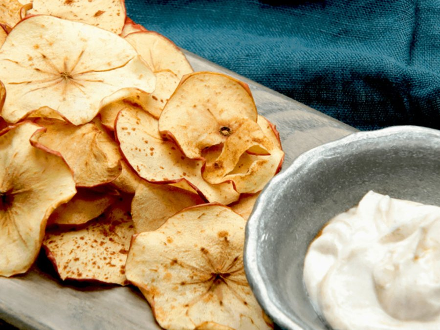 Apple Pie Chips and Dip