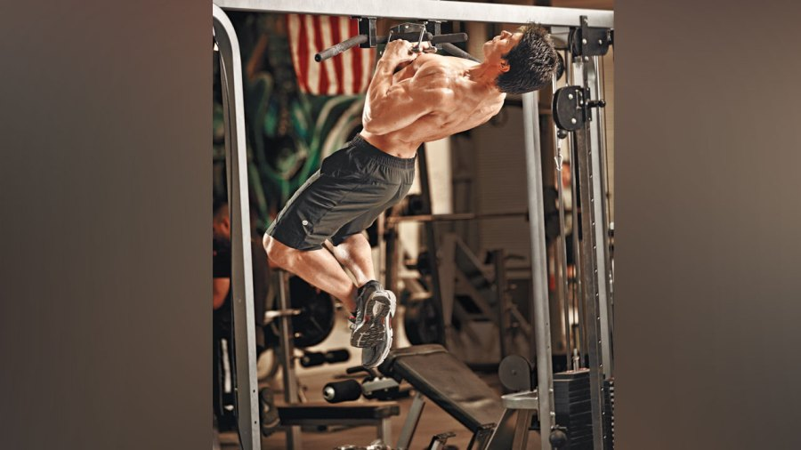 Arched Back Pullup
