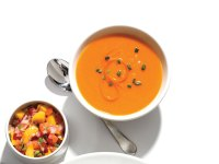 Spicy red bell pepper soup