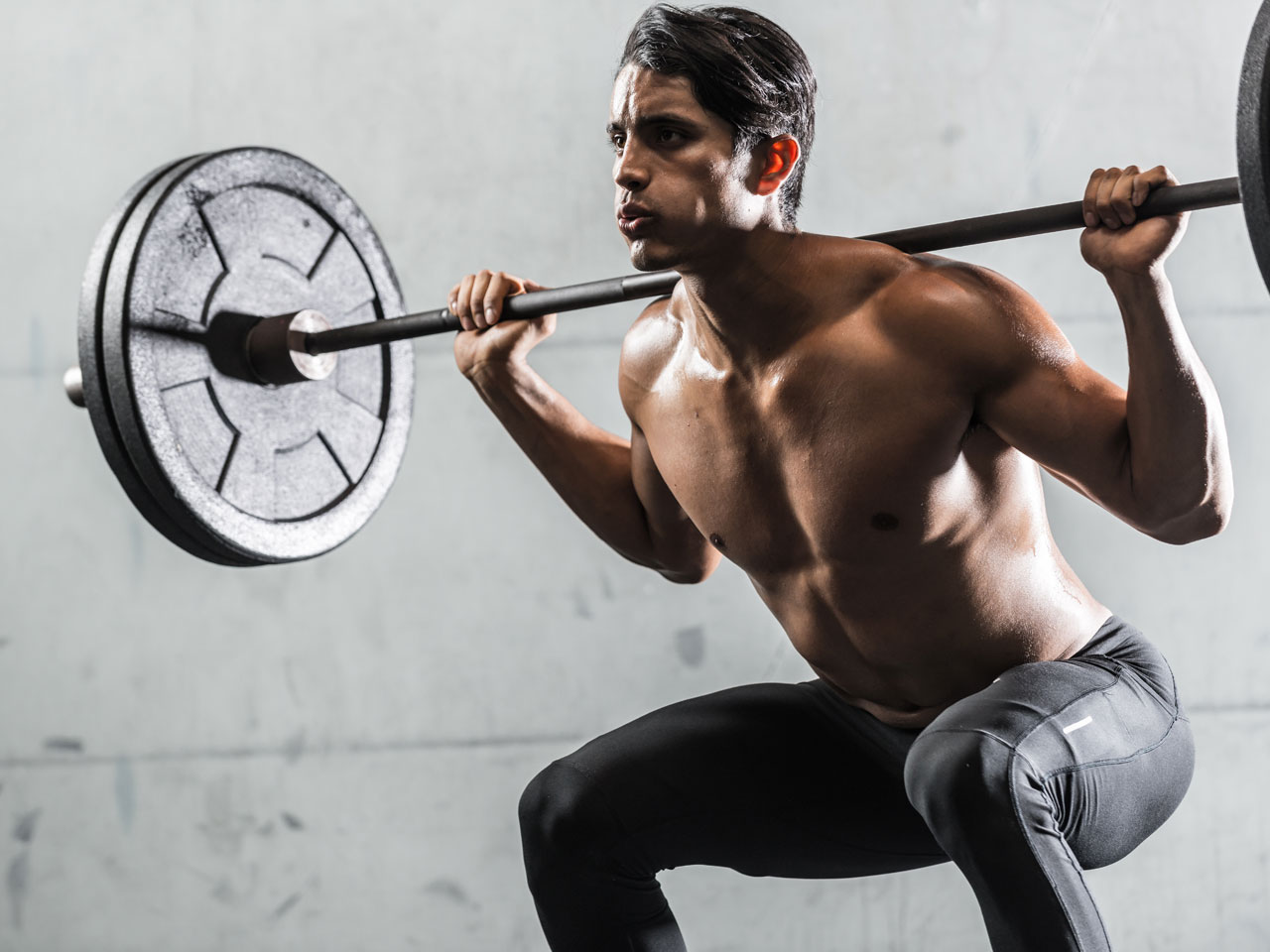 Get Stronger: 7 Reasons to Never Neglect Squats