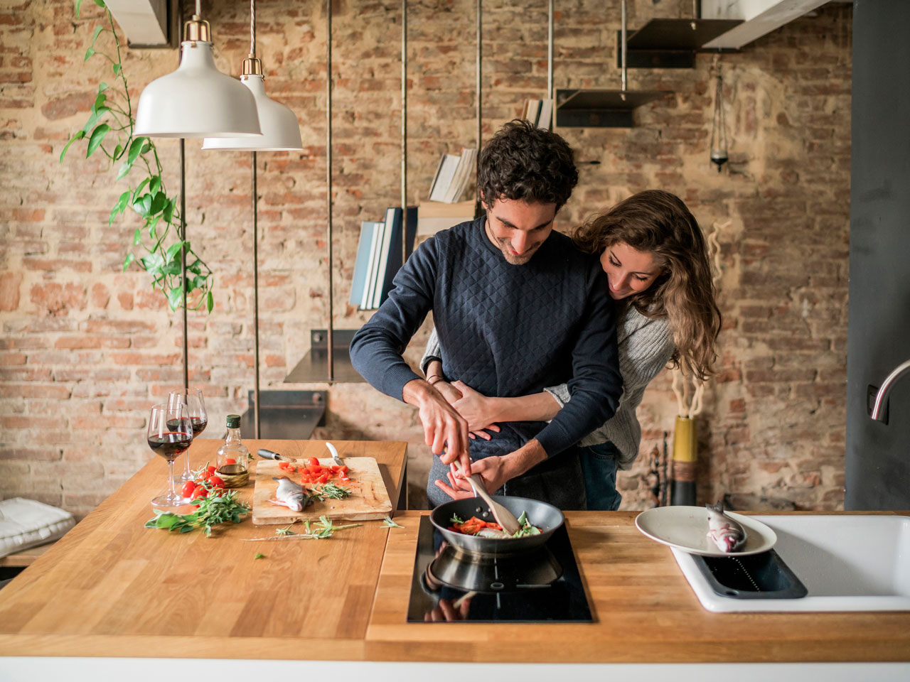 Romantic meals to cook for her