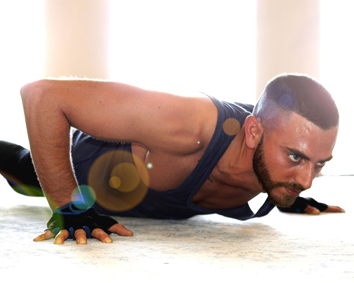4 Apartment Workouts To Burn Fat Insanely Quickly Supersets More Circuit Cardio Workout Gym