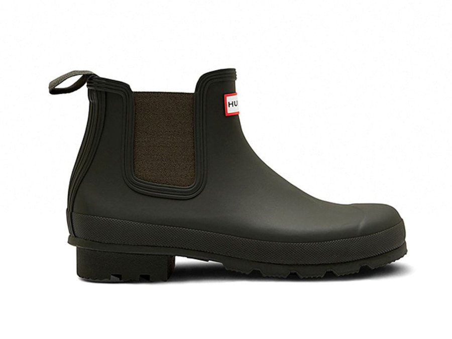 11 Office-Friendly Waterproof Boots You Can Also Wear on a Date