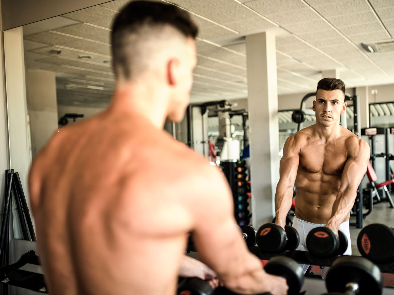 Beautiful bodied muscled guy on cam