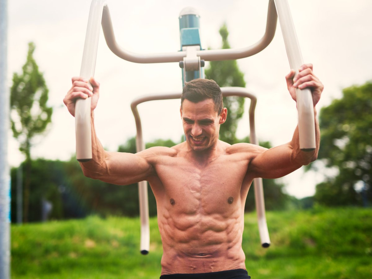 10 Training Tips to Build a Massive Chest