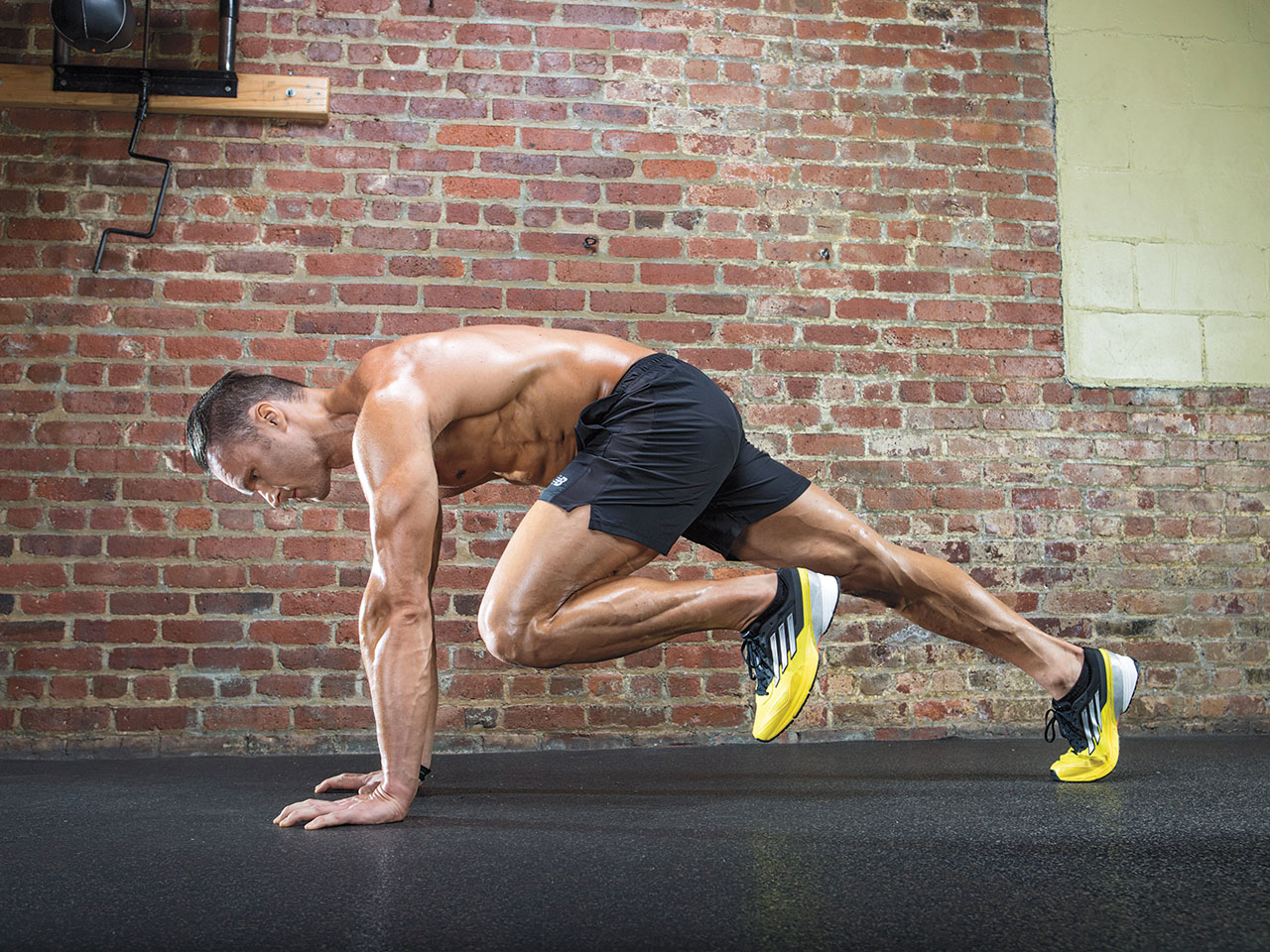 10 At Home Abs Workouts To Get Six Pack Circuit Workout Cardio Arms Legs 3 Core Shred