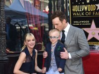 Chris Pratt, Anna Faris, And Son Jack At The Hollywood Walk Of Fame