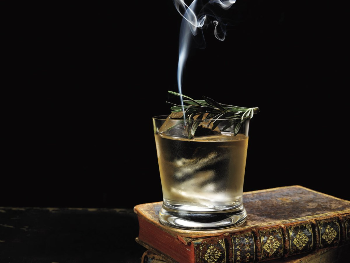 how to make absinthe and mezcal with smoking rosemary cocktail