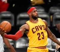 Watch: LeBron James Obliterates the Richter Scale With a Furious Dunk on Reggie Bullock