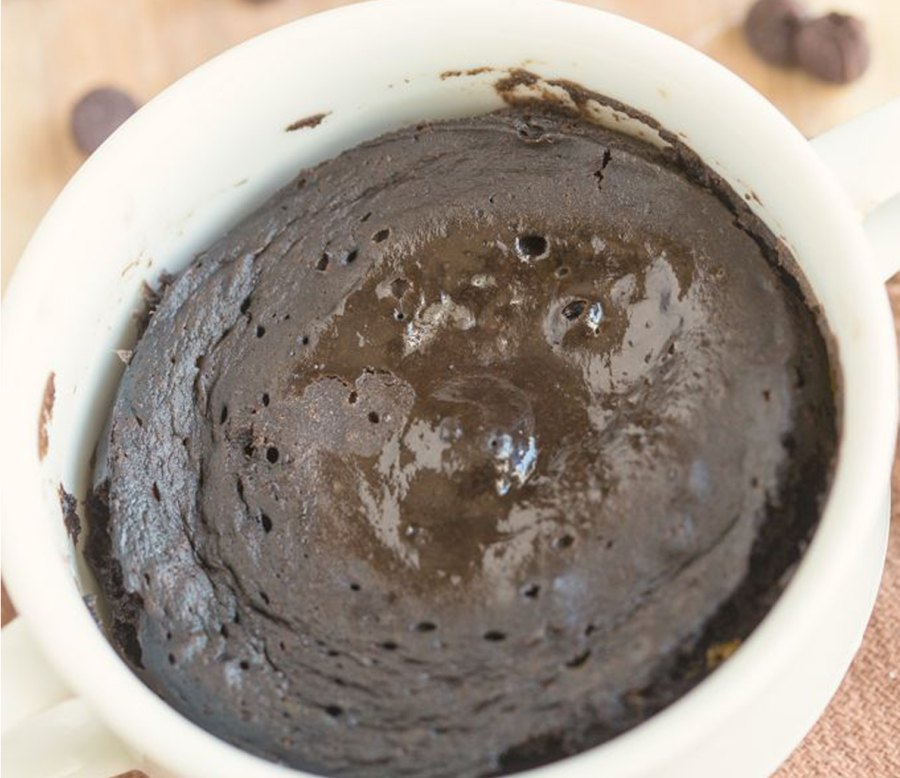 1-Minute Flourless Chocolate Cake