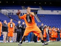 Quarterback Marcus Mariota of Oregon throws a pass during the 2015 NFL Scouting Combine at Lucas Oil Stadium on February 21, 2015 in Indianapolis, Indiana.