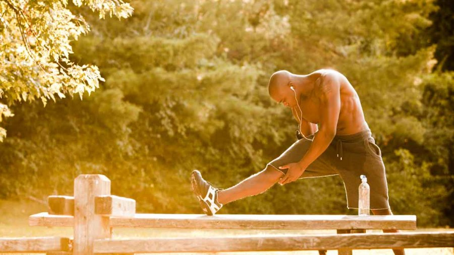 7 Early-Morning Stretches to Build a Better Body
