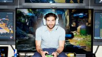 """Mike """"Flamesword"""" Chaves Shows Why Video Gamers Are Getting Buff (and Rich)"""