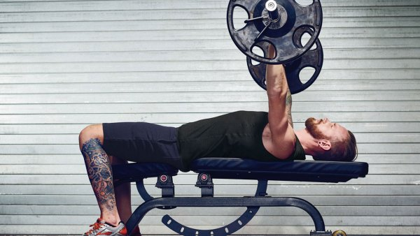 3-step plan to bench press more